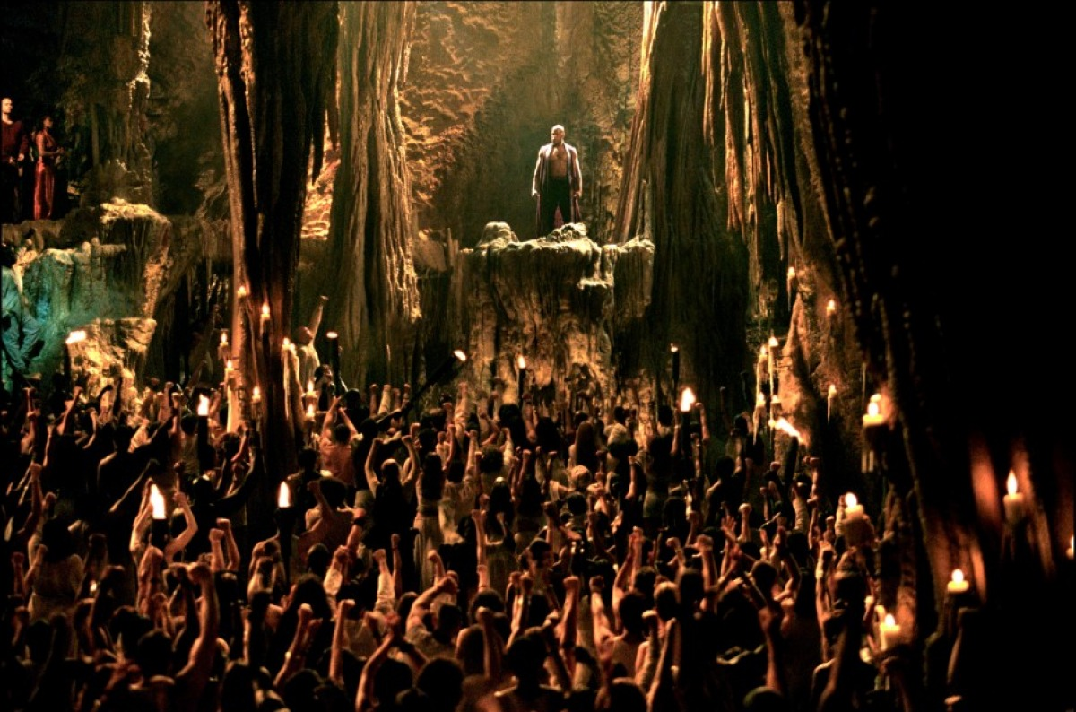 La rave party mystique de Matrix Reloaded (Andy et Lana Wachowski, 2003)