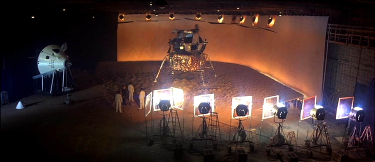 Image du film Capricorn One de Peter Hyams (1978).